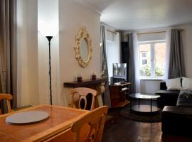 3 Bedroom Flat With Parking In Inchicore