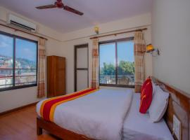 OYO 11454 Hotel Garuda Inn