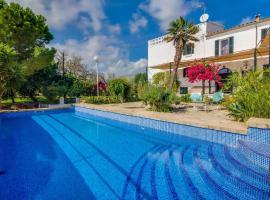 Buger Villa Sleeps 6 Pool Air Con WiFi
