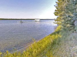 Minnestay- Big Trout Rustic Cabin