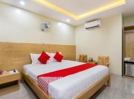 OYO 165 Sunrise Hotel