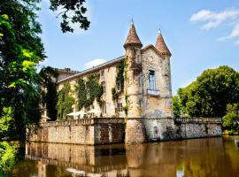 Chateau Lamothe du Prince Noir - B&B, Saint-Sulpice-et-Cameyrac (рядом с городом Beychac-et-Caillau)