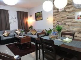 2Bedroom,2Bath Fully furnished Townhouse with Fast Wifi