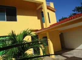 Casa Mia: private pool close to the beach