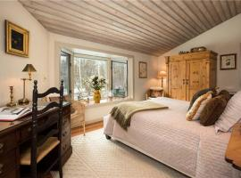 Leonard House: Great Aspens Home With Private Hot Tub! Home