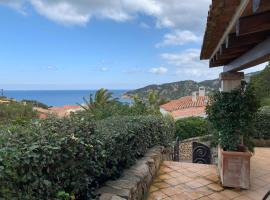 6-bed apartment in Baia Sardinia