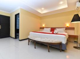 RedDoorz Plus near Mall Bali Galeria 2