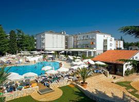 COOEE Pinia Hotel by Valamar, Пореч (рядом с городом Špadići)