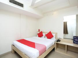 OYO 15248 Hotel Shreemaa