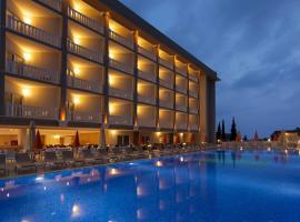 Justiniano Theodora Resort, Okurcalar