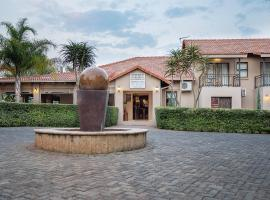 Three Oaks and an Aloe Boutique Hotel