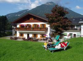 Hotel Gasthof zur Wacht, Strobl (Aigen yakınında)