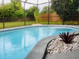 17521 SW 93rd Ave Holiday Home