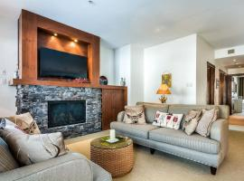 Mont-Tremblant Country Chic Ski In/Ski Out