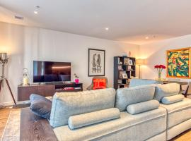 Fitzroy lifestyle 2 bed 2 bath & Free Car park - 207/270 Young st.