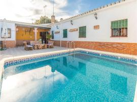 Three-Bedroom Holiday Home in Penaflor