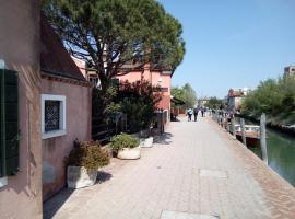 TORCELLO island, breakfast and frigo bar, 80€/day