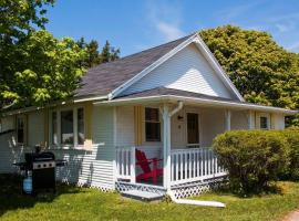 Bayside Cottages -Cottage#4-Perfect location for everything