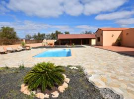 Fuerte Holiday Luxury Pool Villa