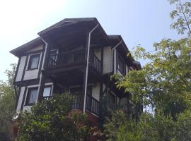 Saklıkent Wooden House