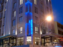 Urban Chic Boutique Hotel & Cafe