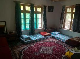Mountain Homestays - Ancient Heritage stay