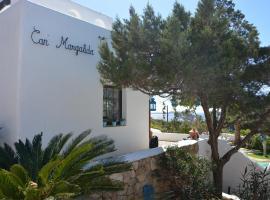 Amazing villa with stunning sea and sunset views near the beach!