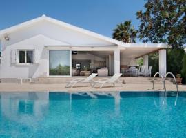 Garden Luxury Villa