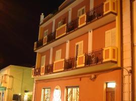 Hotel Piro, Torrenova