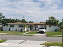 9480 Holiday Road Villa