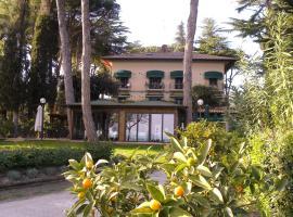 Hotel Kursaal, Пассиньяно-суль-Тразимено