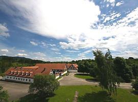 Penzion Manský Dvůr, Dolní Žandov (Salajna yakınında)