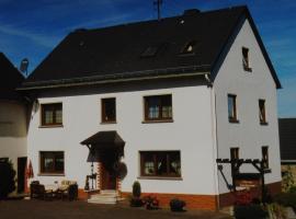 Pension Loni Theisen, Kelberg (Sassen yakınında)