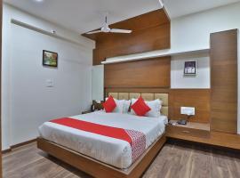 OYO 41960 Hotel Navjivan
