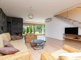 Luxury 3 bedroom house with sauna and backyard