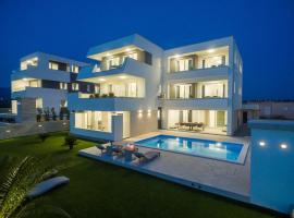 Pool Villas Maris