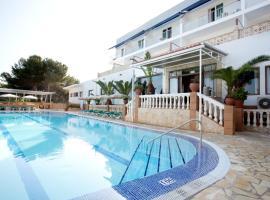 Hotel & Spa Entre Pinos, Es Calo
