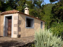 Casa Rural Los Patos, Hermigua (Lo del Gato yakınında)