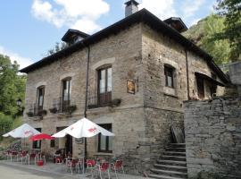 Hostal Camynos, Ambasmestas (La Portela de Valcarce yakınında)