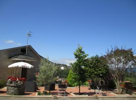 Os melhores hotéis e alojamentos disponíveis perto de Campo ...