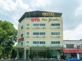 OYO 1146 One Garden Hotel
