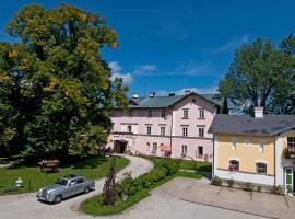 Schlosshotel Zamek Zdikov, Zdíkov (Žírec yakınında)