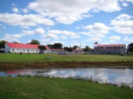 The Waterfront Motel, Grand Barachois (Near Haute-Aboujagane)