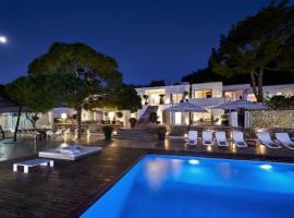 Casio Villa luxury with breakfast