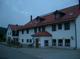 Gasthaus Pension Zum Linka, Hohenfels (Hohenburg yakınında)