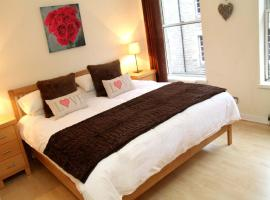 Blackfriars Apartment