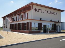 Hotel Talencia, Thouars (рядом с городом Saint-Jean-de-Thouars)