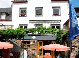 Wein- und Gästehaus M. Bai, Mesenich