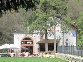Locanda Al Confin - Osteria Le Piere, Pigozzo (San Rocco di Piegara yakınında)