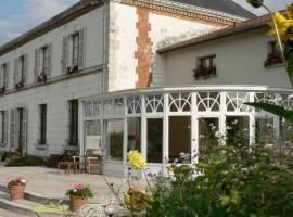 Entre Cour et Jardin, Compertrix (рядом с городом Nuisement-sur-Coole)